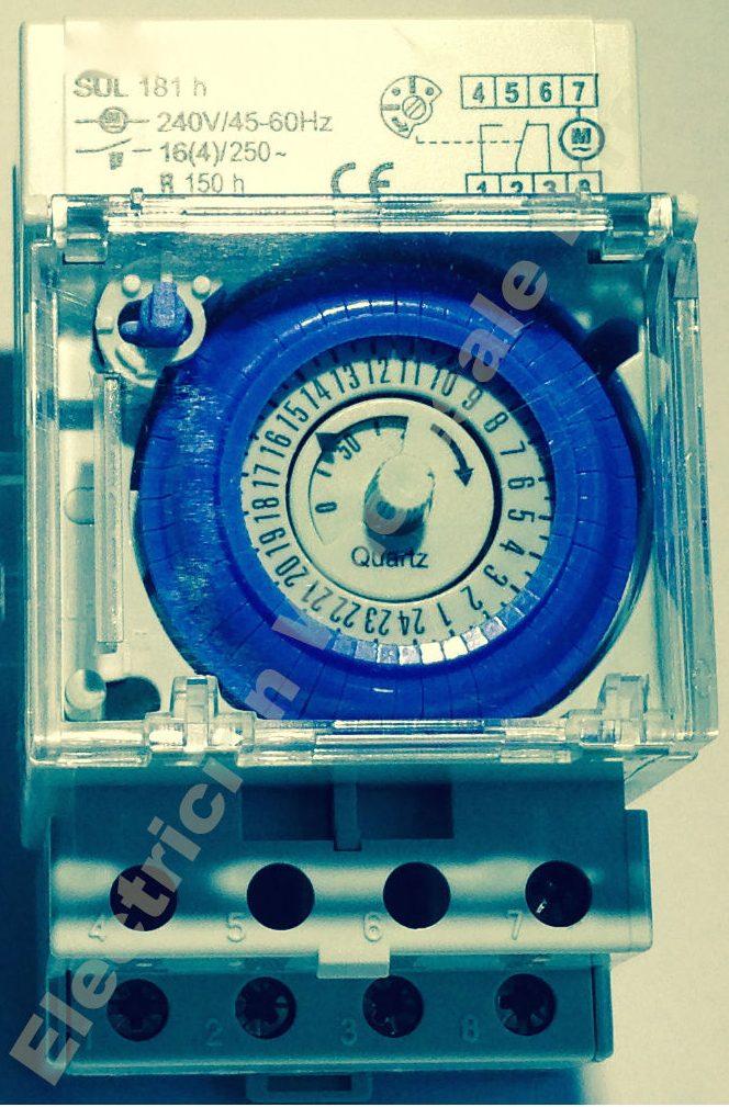 Pump Timer 2 Pole 24 Hour 240v 16a Battery Back Up Eda Online